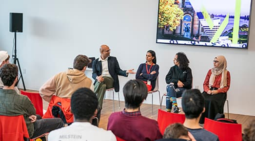 Cornell Tech faculty team tell Milstein students about the summer program